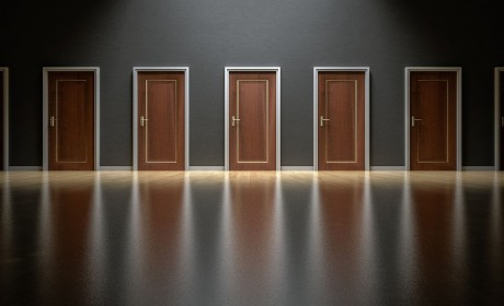 Schreib-Tipp: Harte Entscheidungen – von gewöhnlich zu herausragend