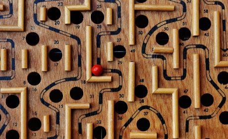 Schreib-Tipp: Warum Ihr komplexer Plot in Wahrheit bloß kompliziert ist – und zum Scheitern verurteilt